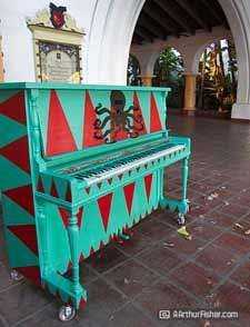 Pianos to Jazz Up State Street